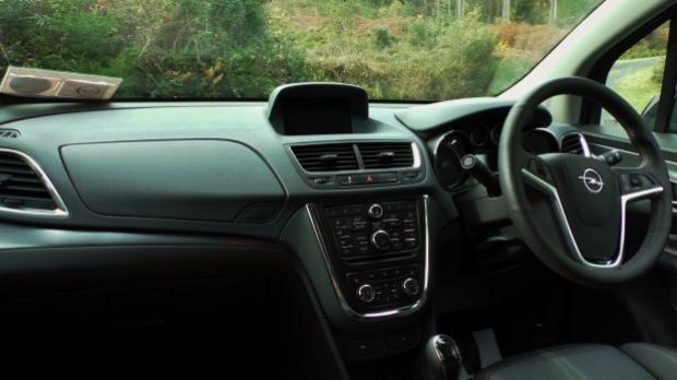 The interior of the Opel Mokka