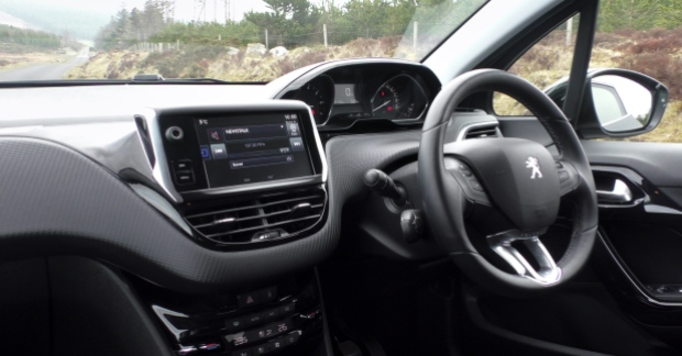 peugeot 208 review ireland